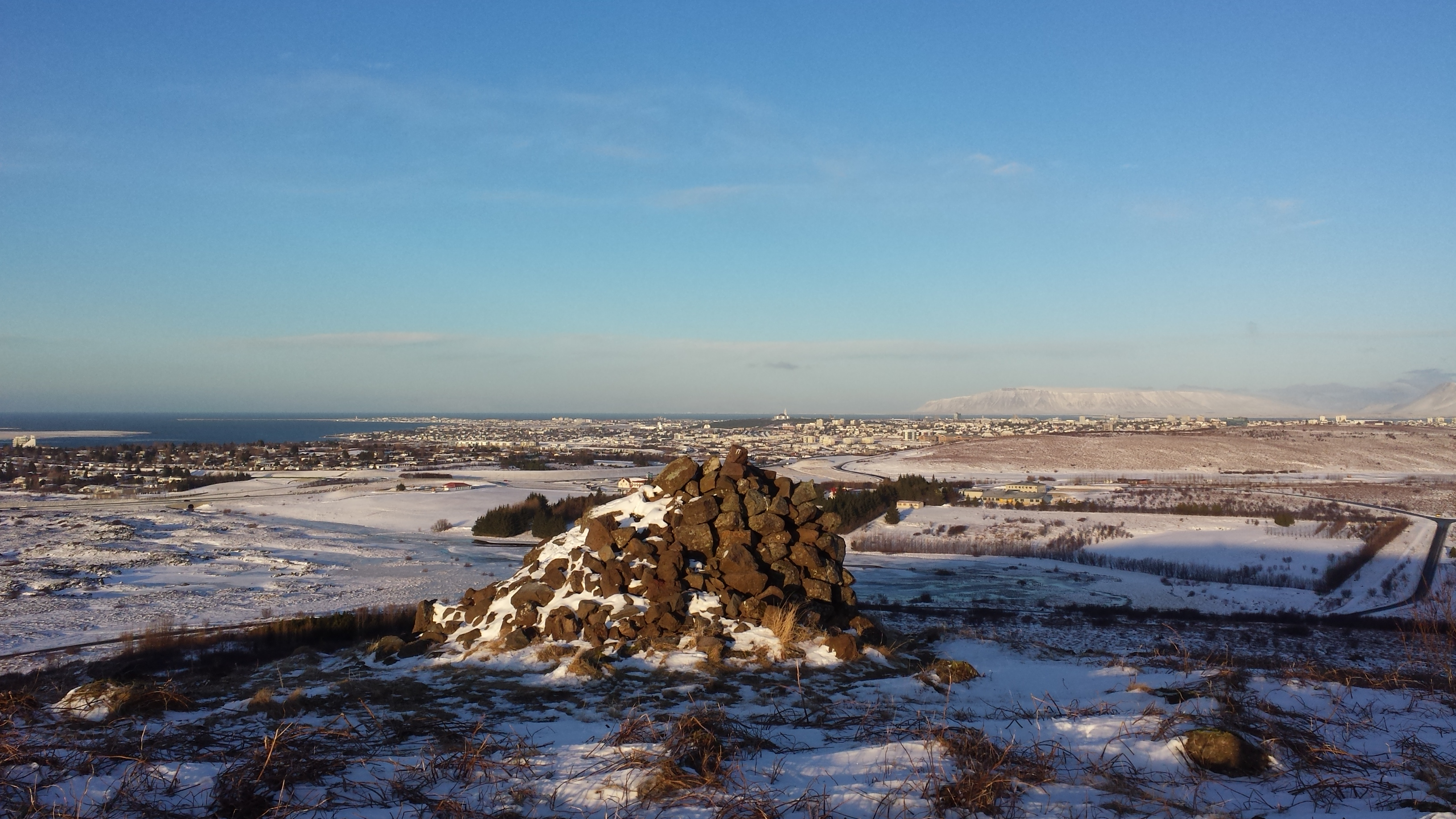 Hiking up to the Cairn Gunnhildur gives excellent view towards the Reykjavik area.